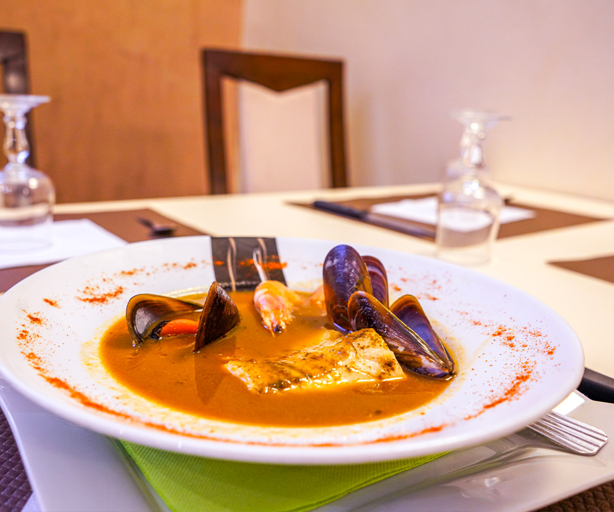 hotel-le-relais-du-baou-bormes-bar-restaurant
